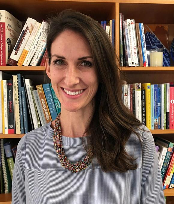 Dr. Catherine Kraper